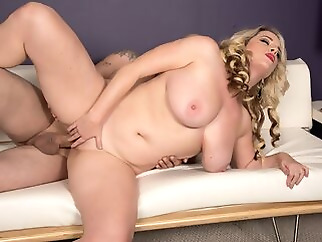 Fucking Around On The Job - Maggie Green and Jimmy Dix - Scoreland bbw big ass