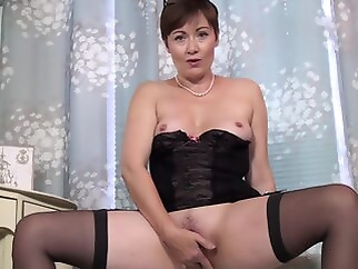 Kitty Creamer - Mature Model brunette hd